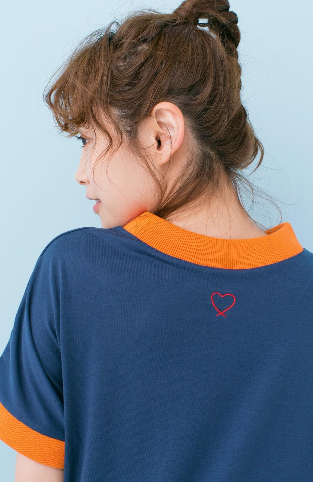 haco! PBP 高橋愛さんコラボ 手描きハート刺しゅうがかわいいコットンリンガーTシャツ <ネイビー>の商品写真3