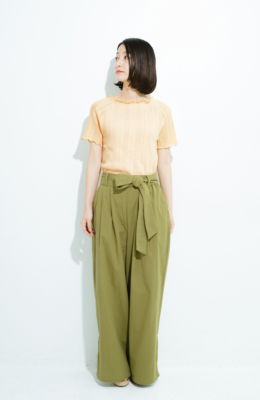 haco! スカートにもパンツにも合う ぴったりめがかわいい透かし柄ニット <アイボリー>の商品写真8