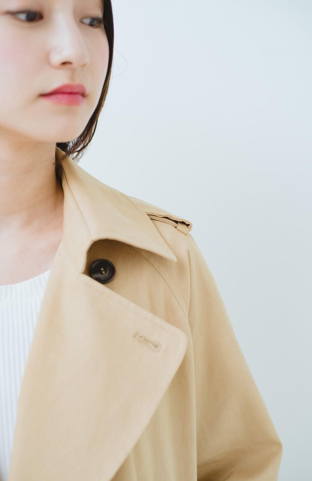 haco! 季節の始まりに早く買って絶対後悔しない、立ち姿が美しいオトナのライナー付きトレンチコートbyMAKORI <ベージュ>の商品写真5