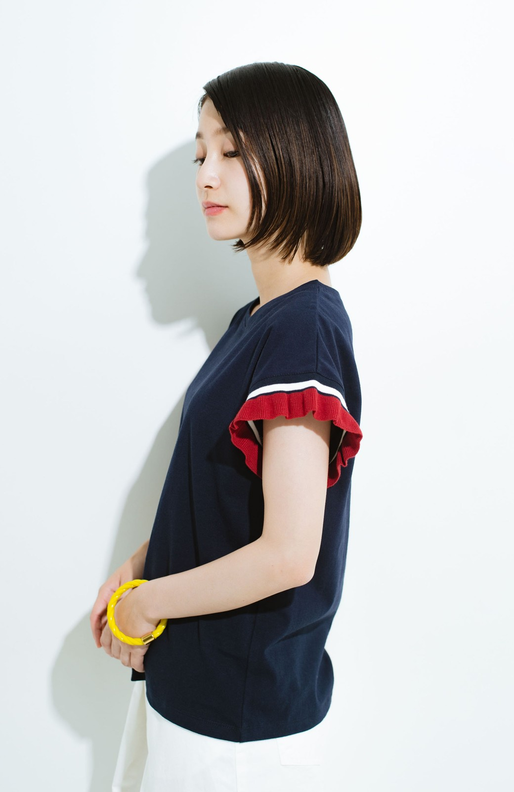 haco! Tシャツよりちょっと華やか気分の配色フリルトップス <ネイビー>の商品写真7