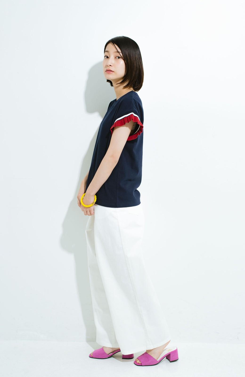 haco! Tシャツよりちょっと華やか気分の配色フリルトップス <ネイビー>の商品写真5