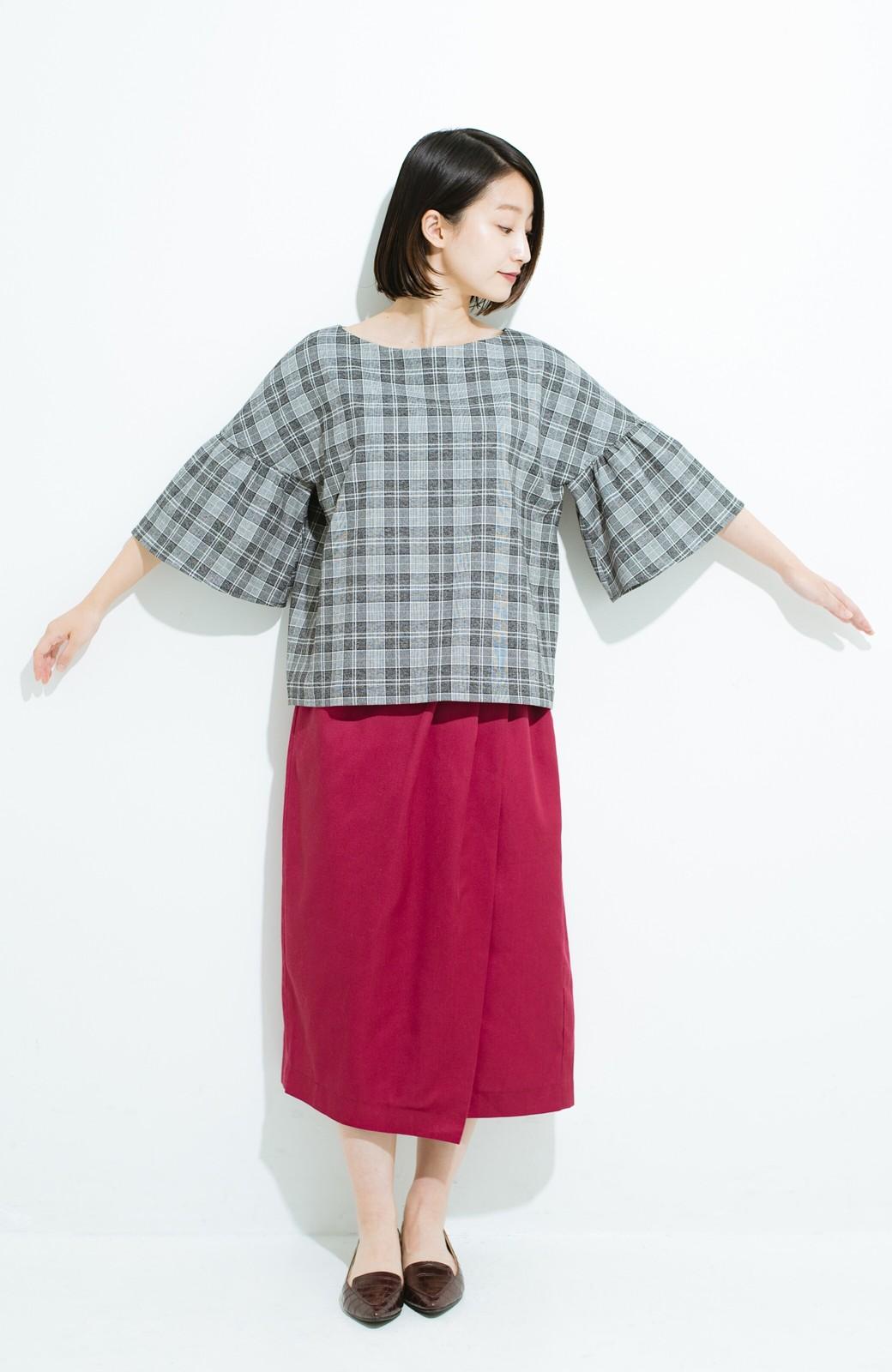 haco! パッと着てきれいな フレアースリーブTブラウス <ブラック系その他>の商品写真8