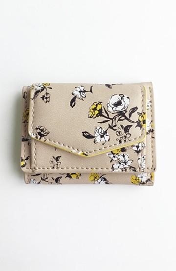 haco! Legato Largo オリジナルフラワーデザイン三つ折りミニ財布 <ライトベージュ>の商品写真
