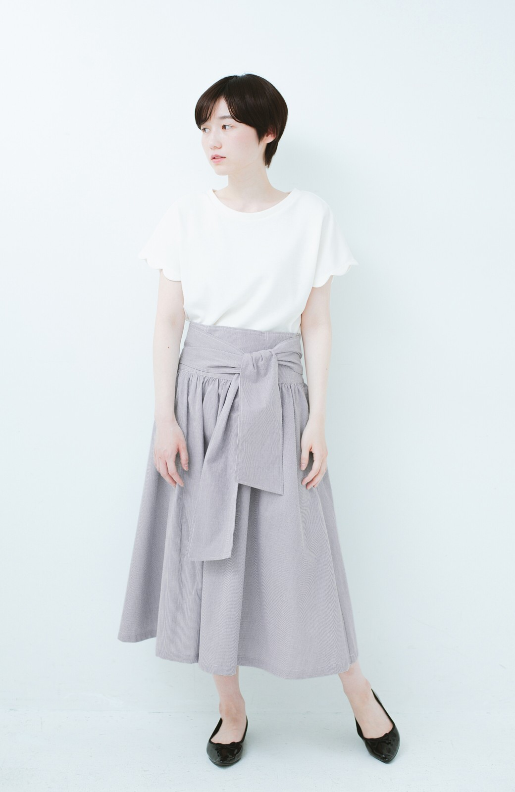 haco! haco! いつものTシャツよりかわいげご用意 スカラップカットソートップス <ホワイト>の商品写真6