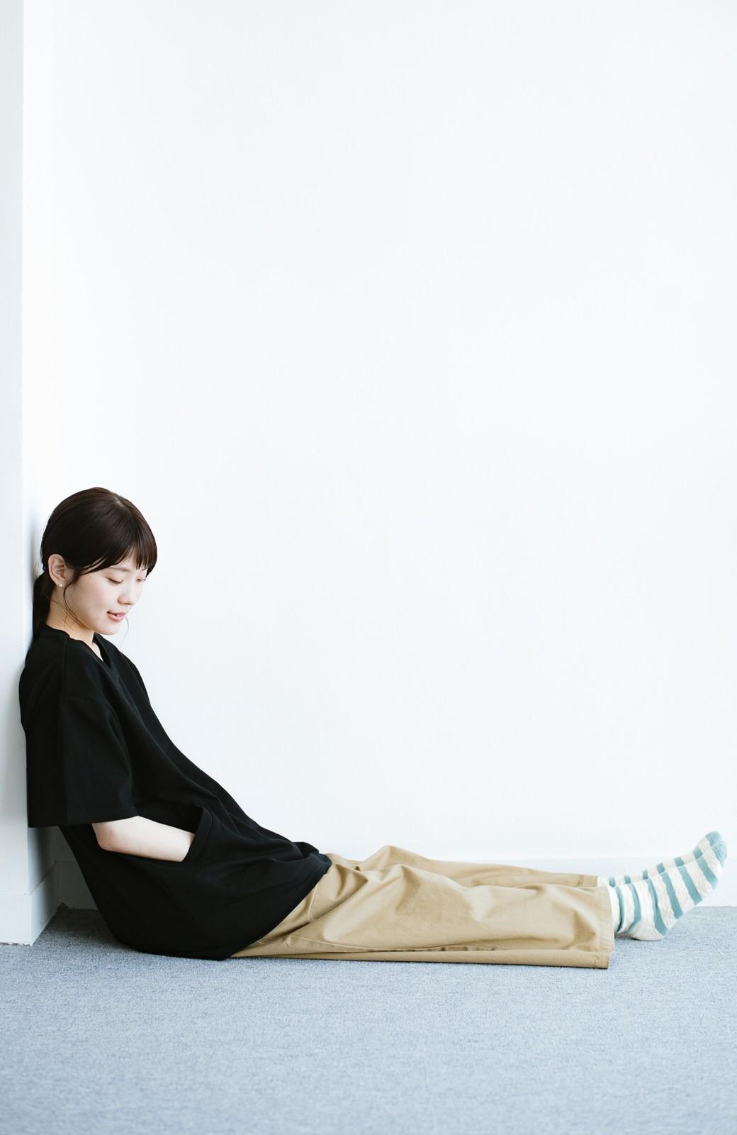 haco! 女の子バンザイ!プロジェクト 【ブルー期】PBPオーガニックコットンのおなかポケット付きTシャツ <ブラック>の商品写真10