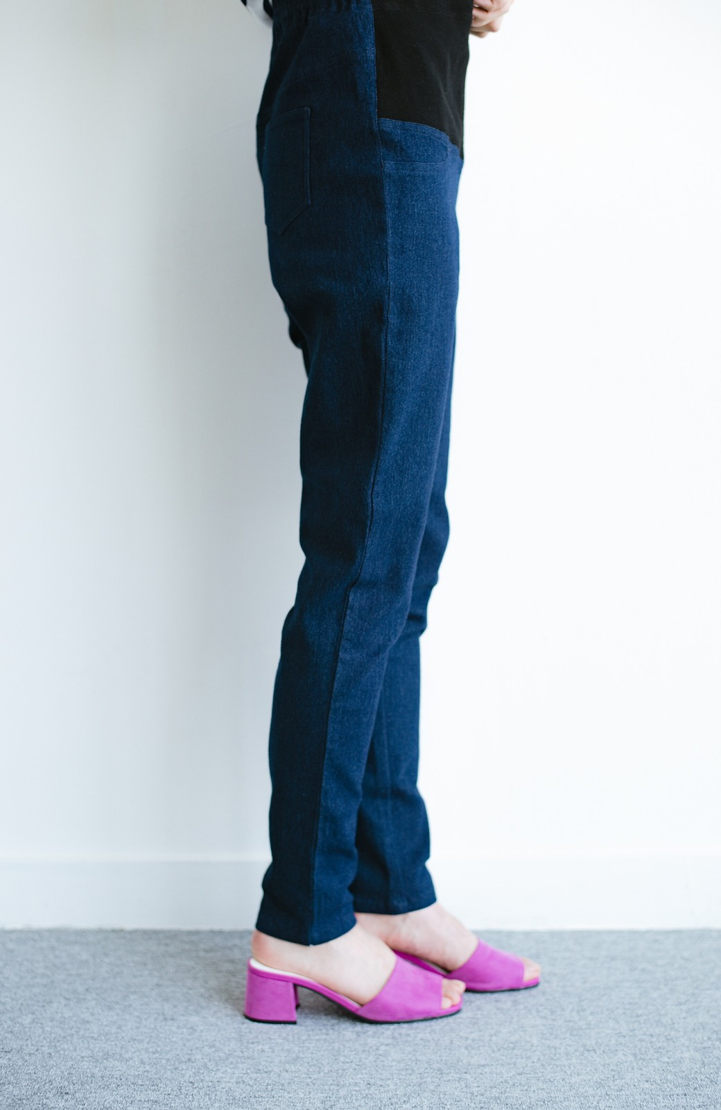 haco! おなかあったか安心感スキニーパンツ【ブルー期】女の子バンザイ!プロジェクト <ダークインディゴブルー>の商品写真10