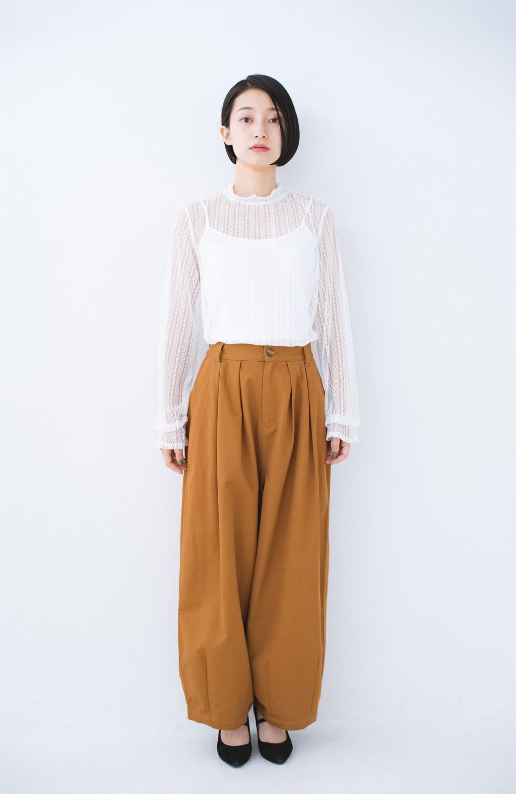 haco! 重ね着にも便利な伸びる女っぽレーストップス <ホワイト>の商品写真7