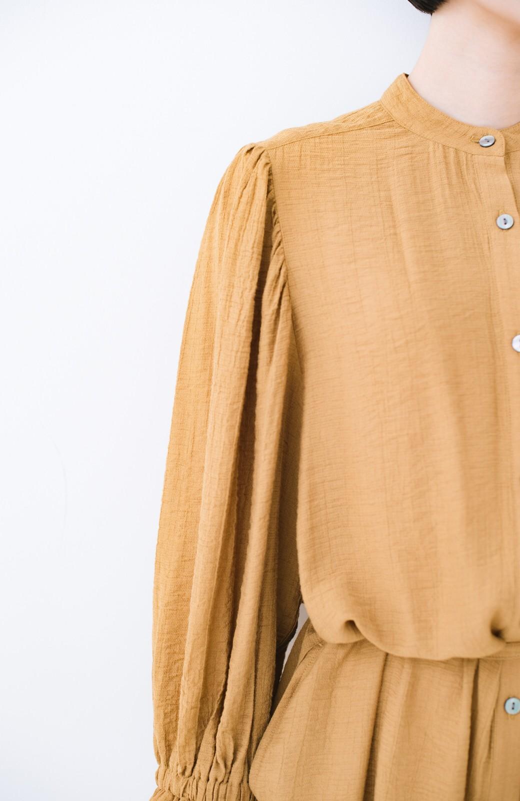 haco! 太ってもばれず 羽織っても便利なウエストリボンワンピース <マスタード>の商品写真6