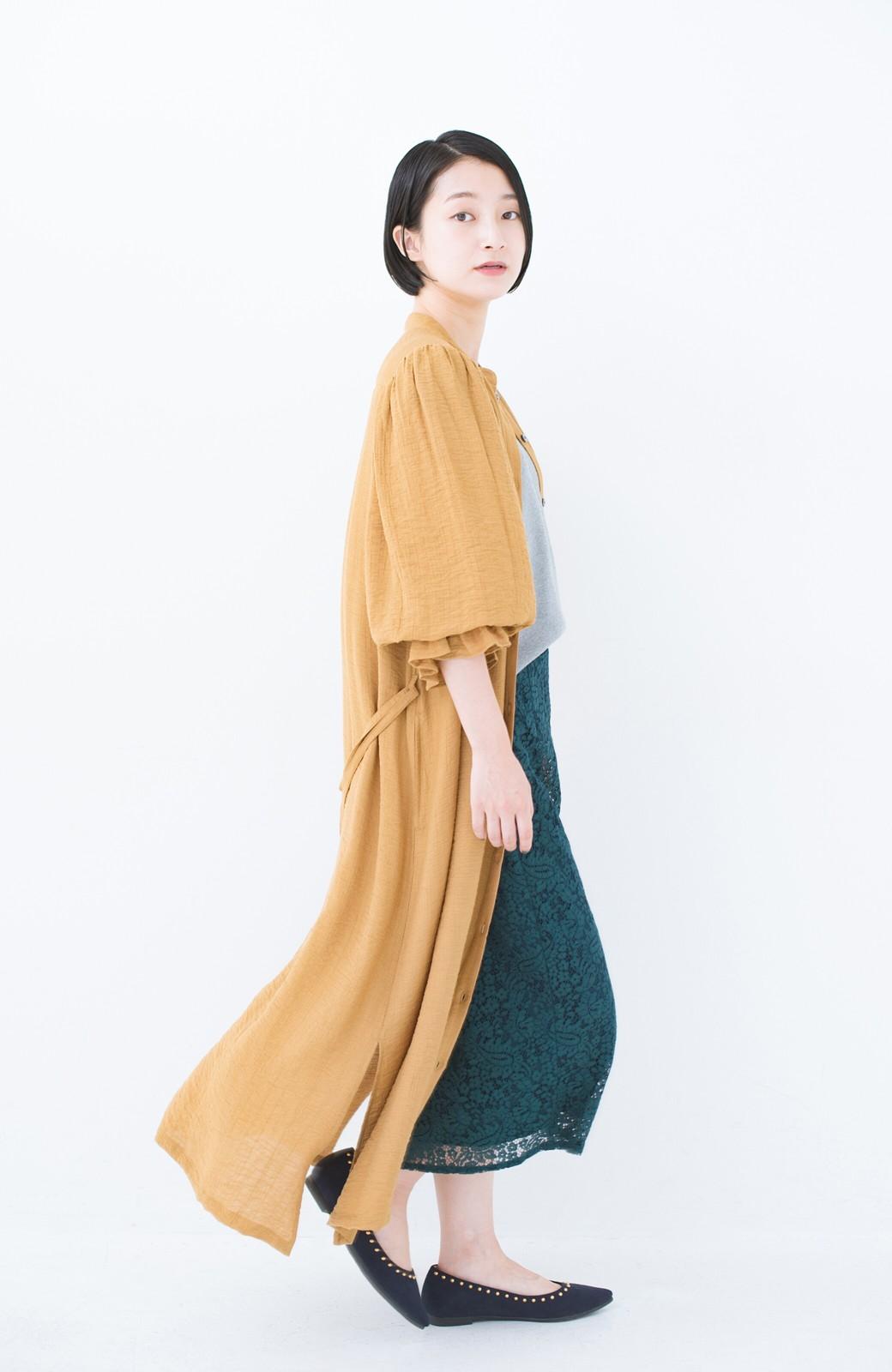 haco! 太ってもばれず 羽織っても便利なウエストリボンワンピース <マスタード>の商品写真17