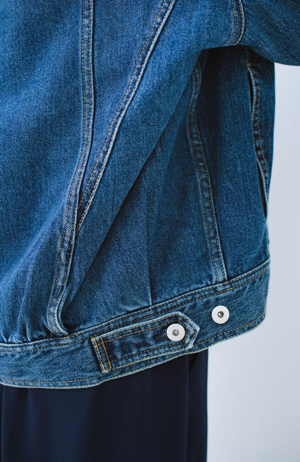 haco! こなれたシルエットがかなうオトナも着やすい大きめGジャン by MAKORI <インディゴブルー>の商品写真11