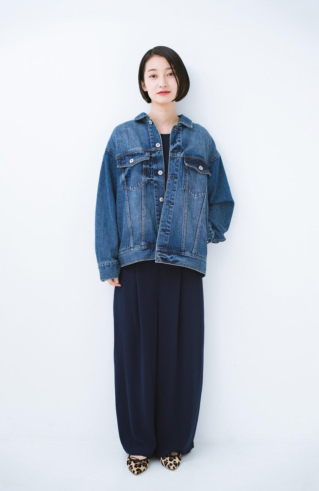 haco! こなれたシルエットがかなうオトナも着やすい大きめGジャン by MAKORI <インディゴブルー>の商品写真14