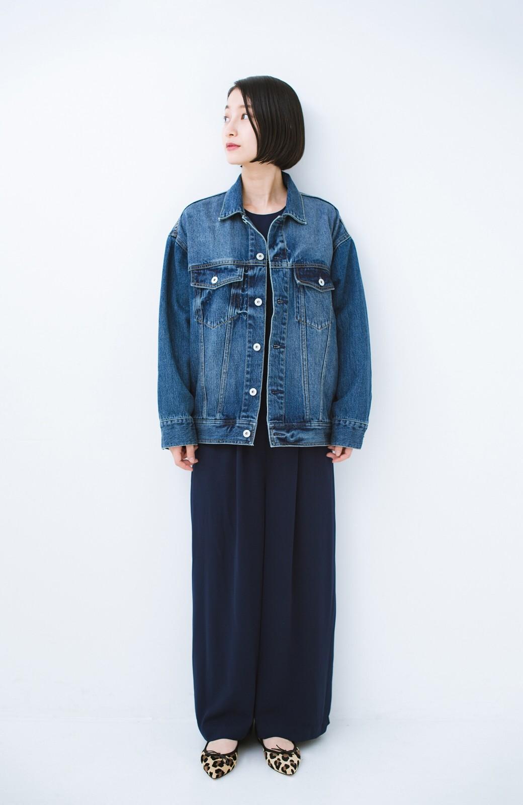 haco! こなれたシルエットがかなうオトナも着やすい大きめGジャン by MAKORI <インディゴブルー>の商品写真15