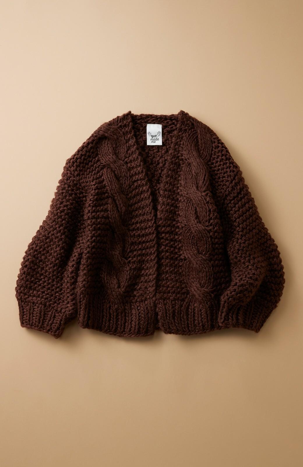 haco! お手軽羽織りにぴったりな 手編みのざっくりニットカーディガン by que made me <ブラウン>の商品写真1
