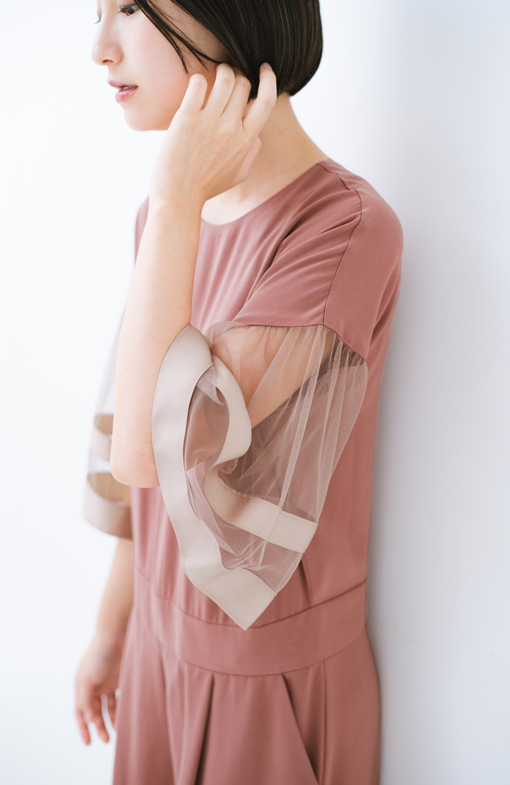 haco! 華やかシーンに浮かず埋もれず 袖チュール&リボンのきれいオールインワン <ピンク>の商品写真2