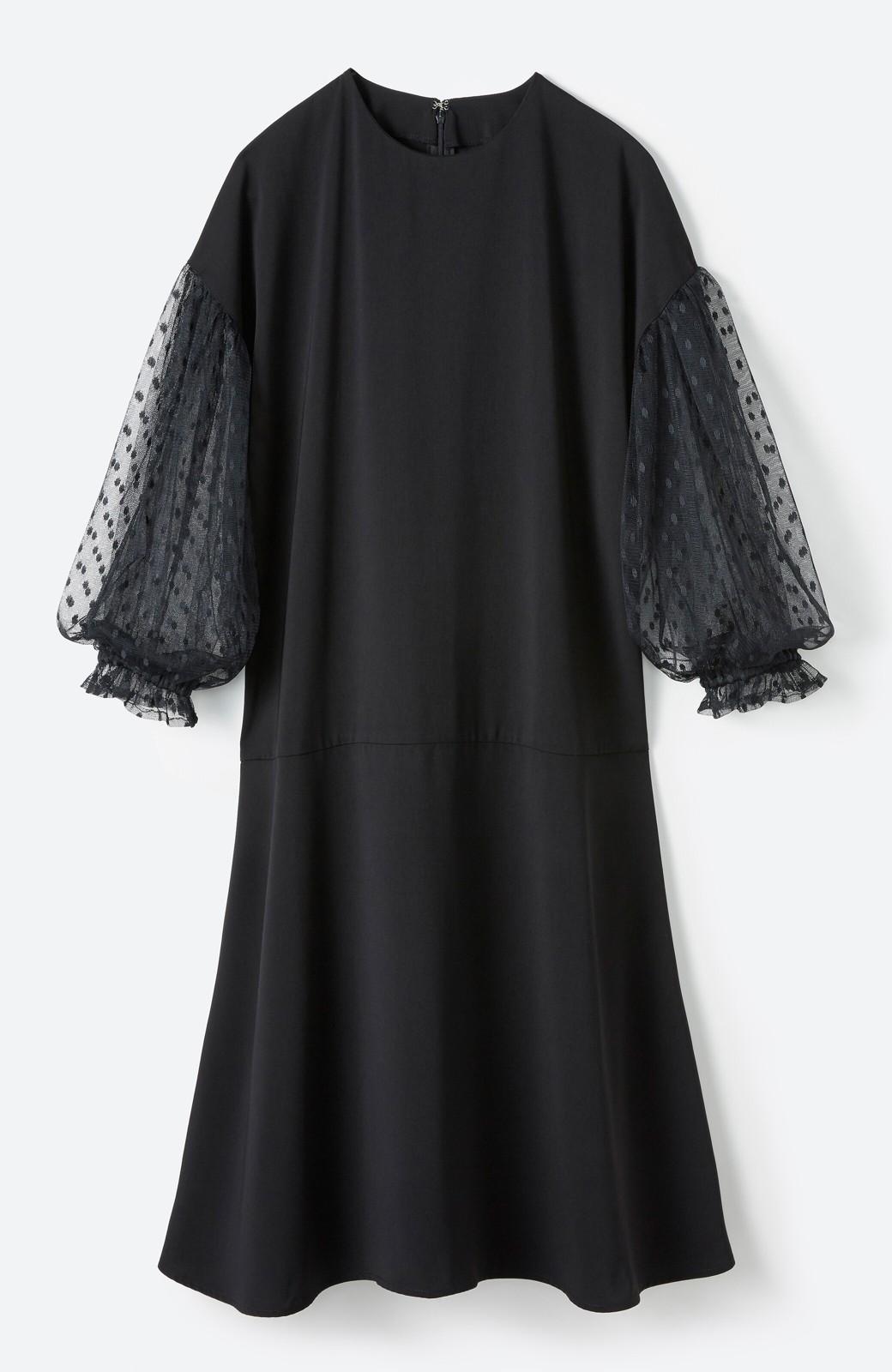 haco! 華やかシーンに浮かず埋もれず ドットチュールの透け袖がかわいい結婚式ワンピース <ブラック>の商品写真2