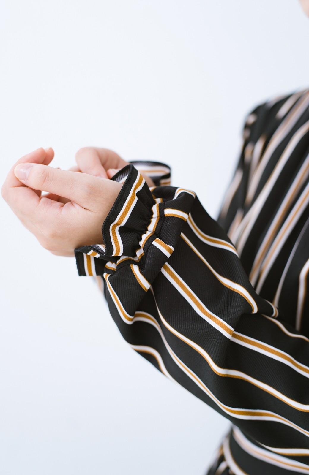 haco! 着るだけでテンション上げられる レジメンタルストライプのハイネックワンピース <ブラック>の商品写真4