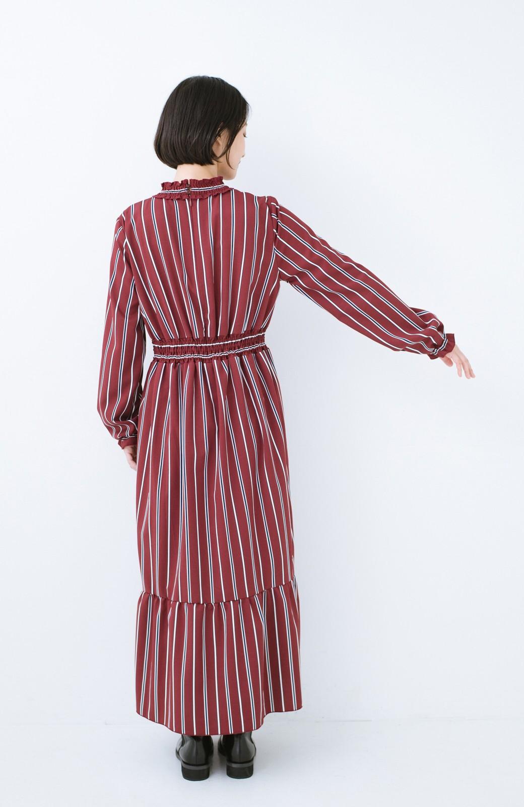 haco! 着るだけでテンション上げられる レジメンタルストライプのハイネックワンピース <ワインレッド>の商品写真10