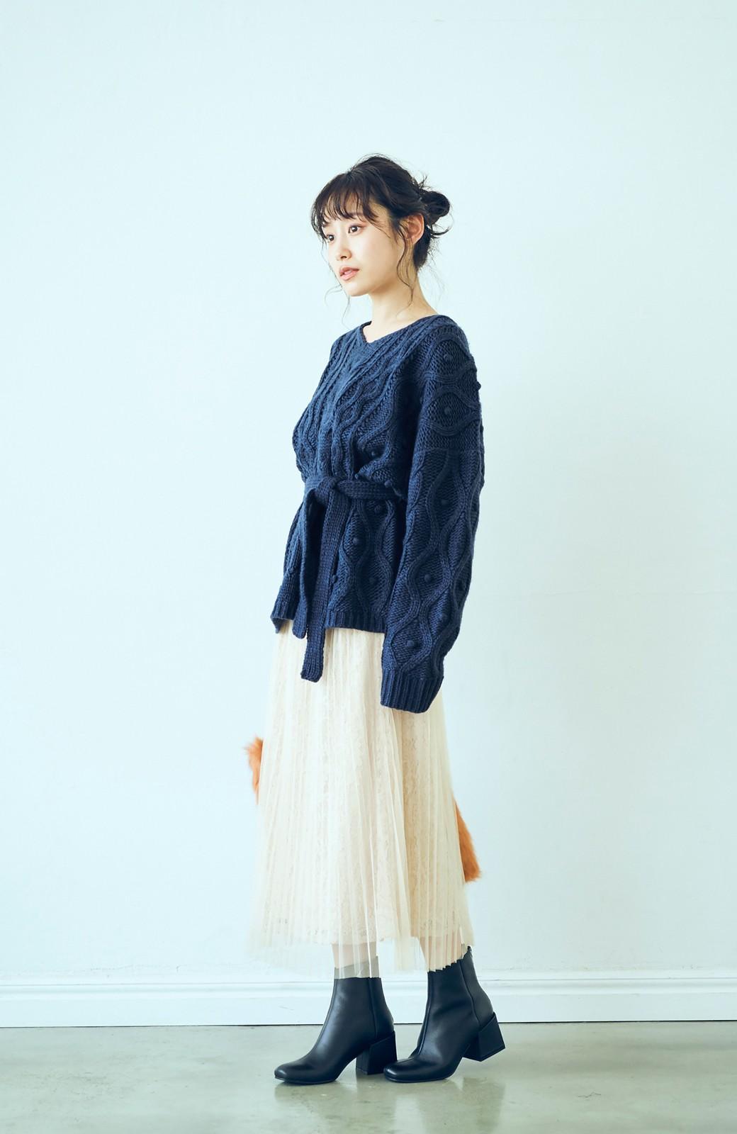 haco! <高橋愛さんコラボ>ラブ&ピースプロジェクト パプコーン編みのウエストマークケーブルニットトップス <ネイビー>の商品写真6