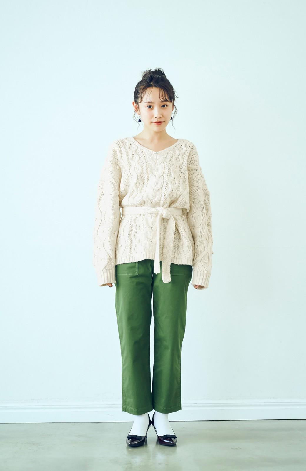 haco! <高橋愛さんコラボ>ラブ&ピースプロジェクト パプコーン編みのウエストマークケーブルニットトップス <オフホワイト>の商品写真8