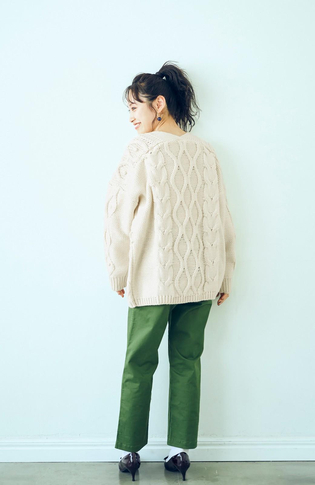 haco! <高橋愛さんコラボ>ラブ&ピースプロジェクト パプコーン編みのウエストマークケーブルニットトップス <オフホワイト>の商品写真9