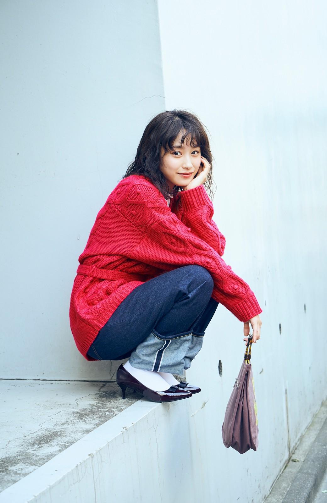 haco! <高橋愛さんコラボ>ラブ&ピースプロジェクト パプコーン編みのウエストマークケーブルニットトップス <ピンク>の商品写真3