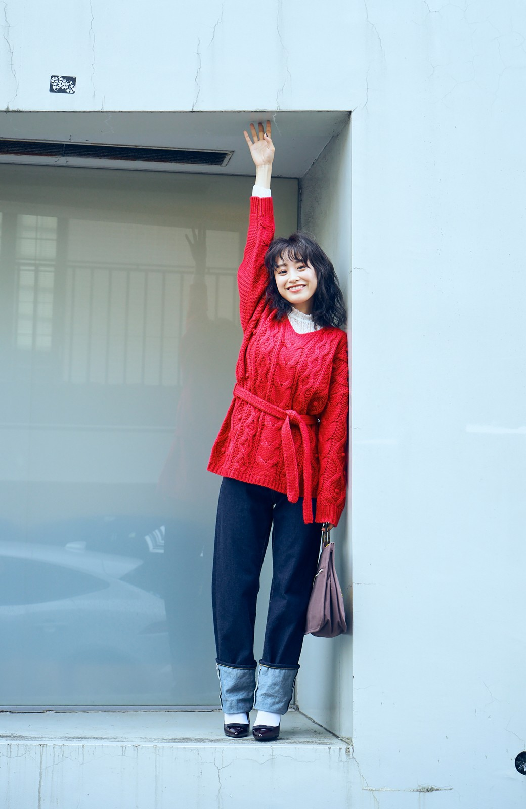 haco! <高橋愛さんコラボ>ラブ&ピースプロジェクト パプコーン編みのウエストマークケーブルニットトップス <ピンク>の商品写真4