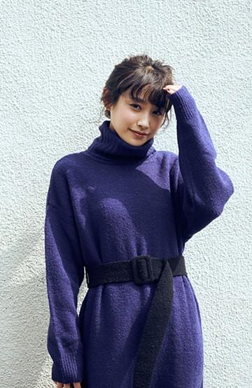 haco! <高橋愛さんコラボ>ラブ&ピースプロジェクト 配色ベルトのタートルニットロングワンピース <パープル>の商品写真