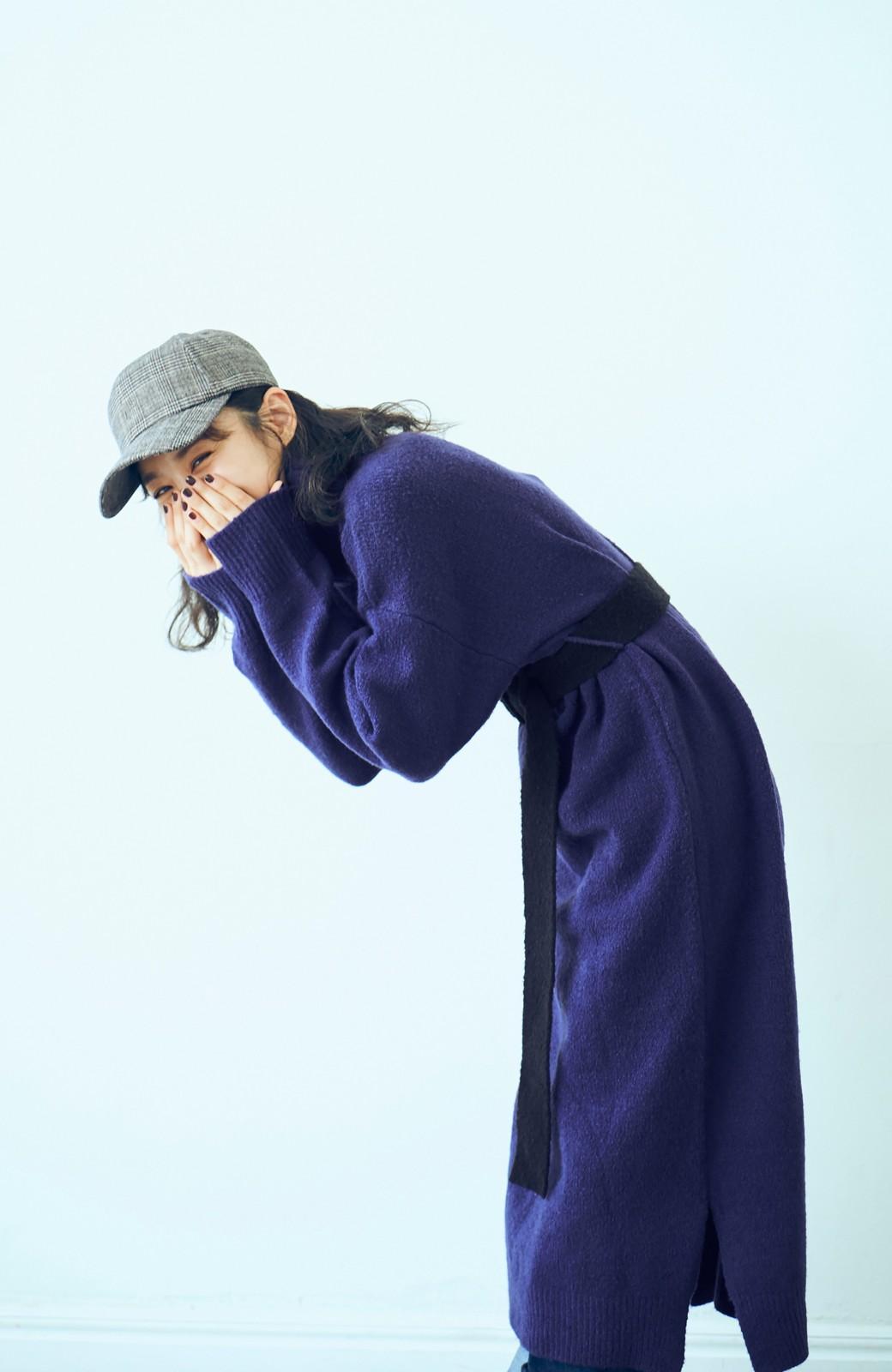 haco! <高橋愛さんコラボ>ラブ&ピースプロジェクト 配色ベルトのタートルニットロングワンピース <パープル>の商品写真10