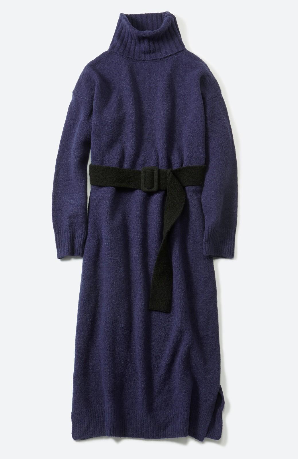 haco! <高橋愛さんコラボ>ラブ&ピースプロジェクト 配色ベルトのタートルニットロングワンピース <パープル>の商品写真1