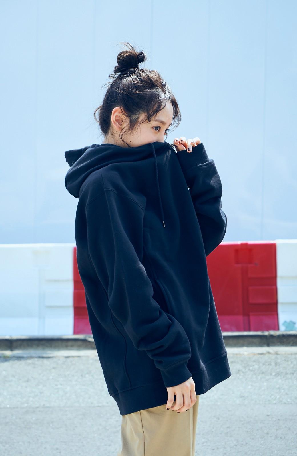 haco! <高橋愛さんコラボ>ラブ&ピースプロジェクト フロントジップの裏毛起毛パーカー(メンズ) <ブラック>の商品写真1
