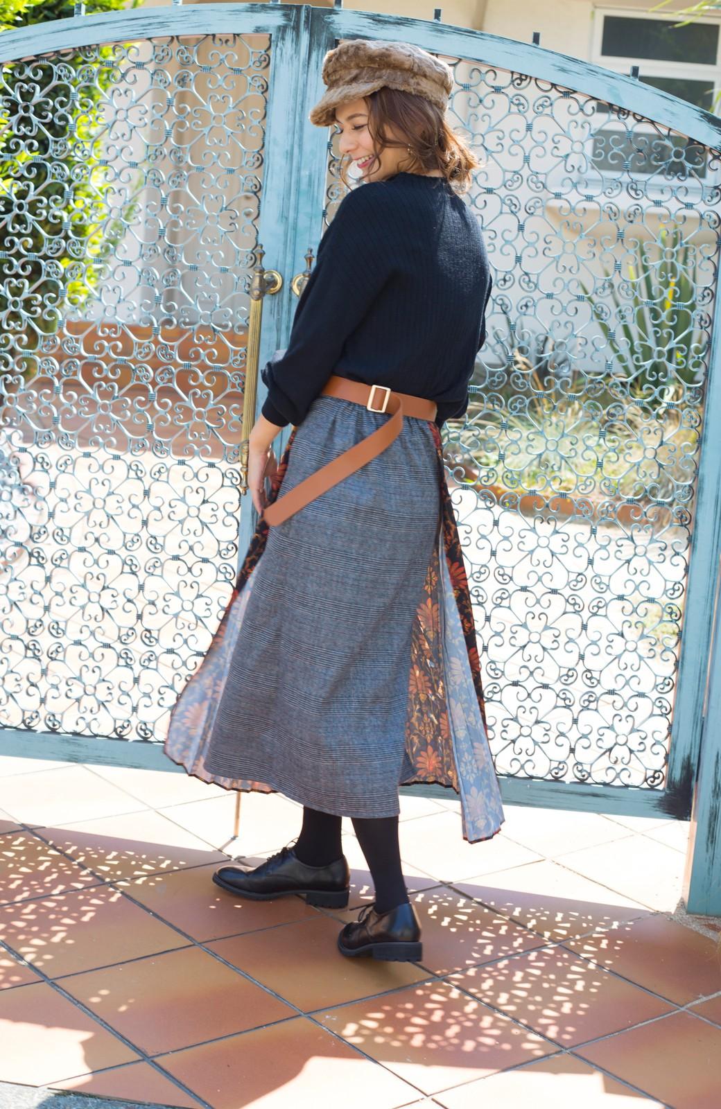 haco! <スザンヌさんコラボ>ラブ&ピースプロジェクト グレンチェック&ダークフラワー柄のアシンメトリースカート <グレー系その他>の商品写真6