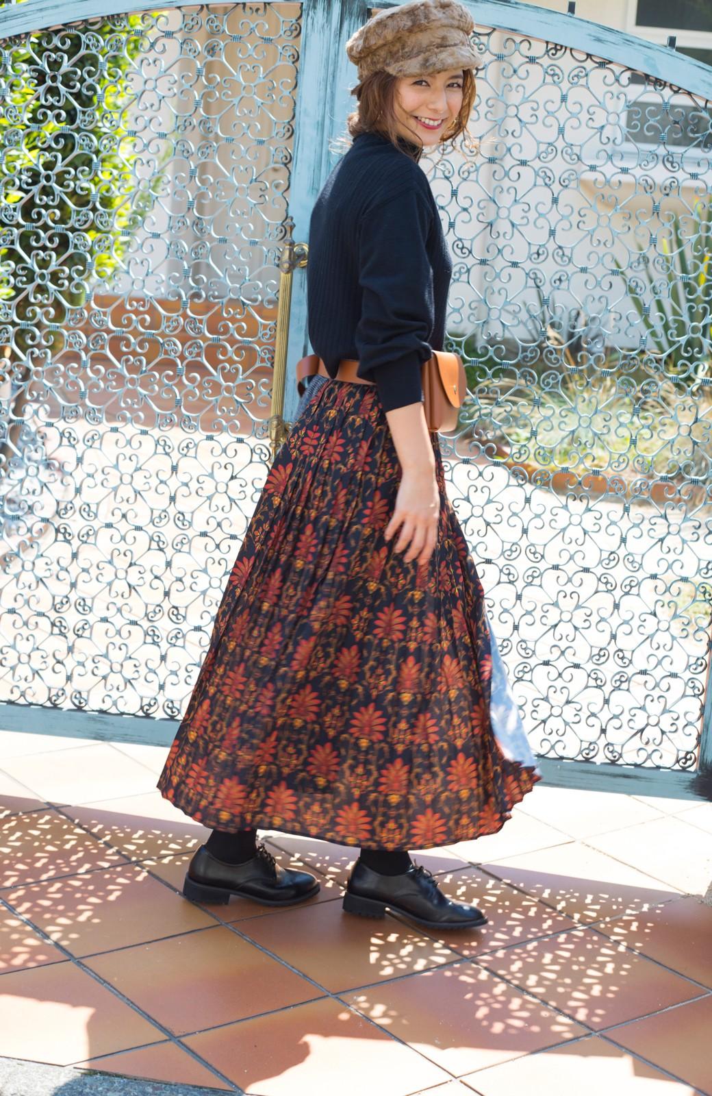 haco! <スザンヌさんコラボ>ラブ&ピースプロジェクト グレンチェック&ダークフラワー柄のアシンメトリースカート <グレー系その他>の商品写真8