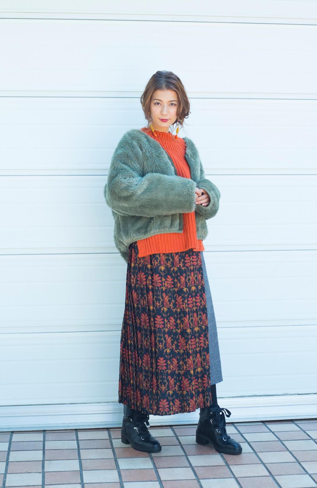 haco! <スザンヌさんコラボ>ラブ&ピースプロジェクト グレンチェック&ダークフラワー柄のアシンメトリースカート <グレー系その他>の商品写真9