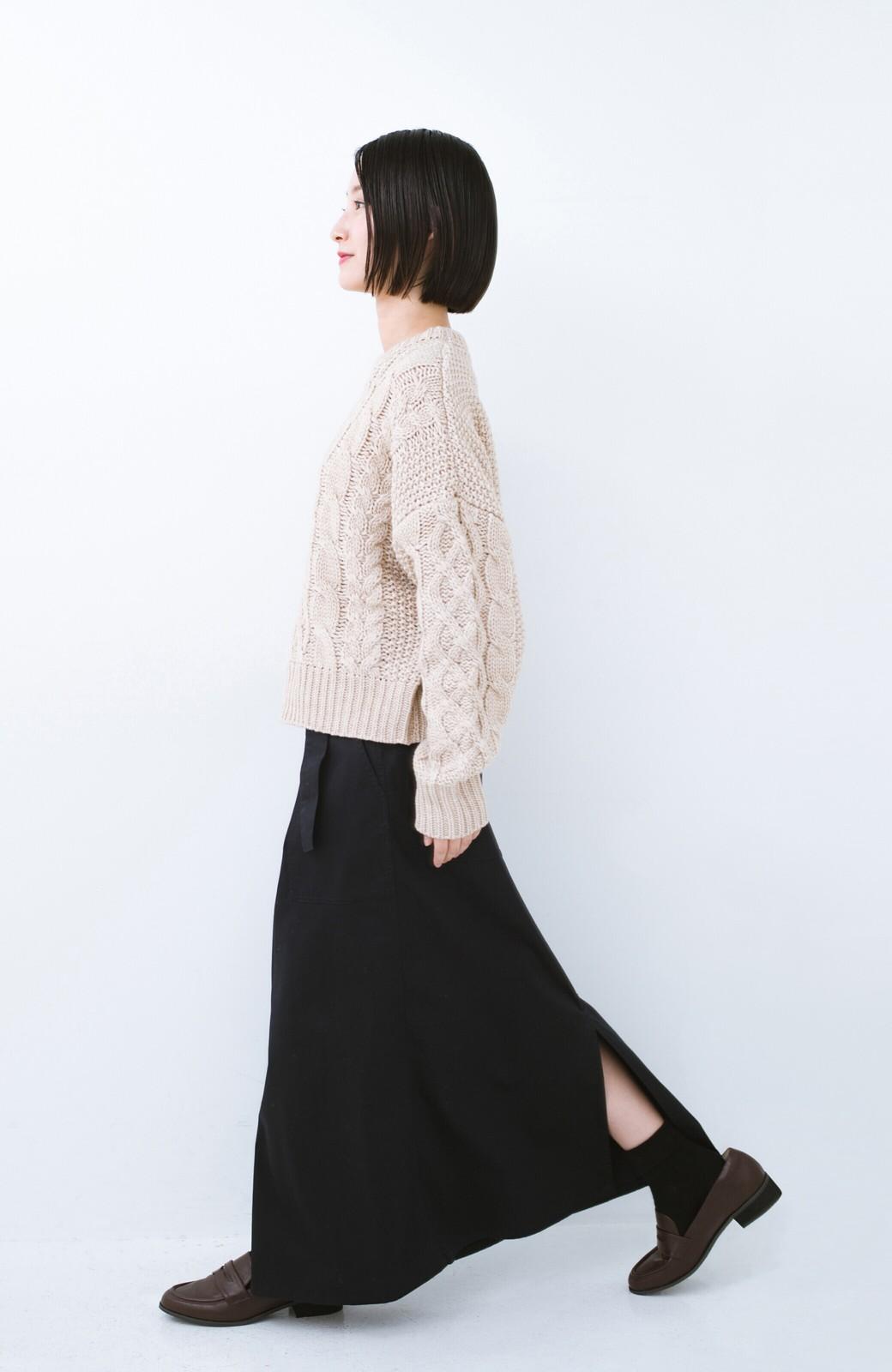 haco! ちょうどいい女っぽ感 下半身をすらっと見せるスリットロングスカート <ネイビー>の商品写真12