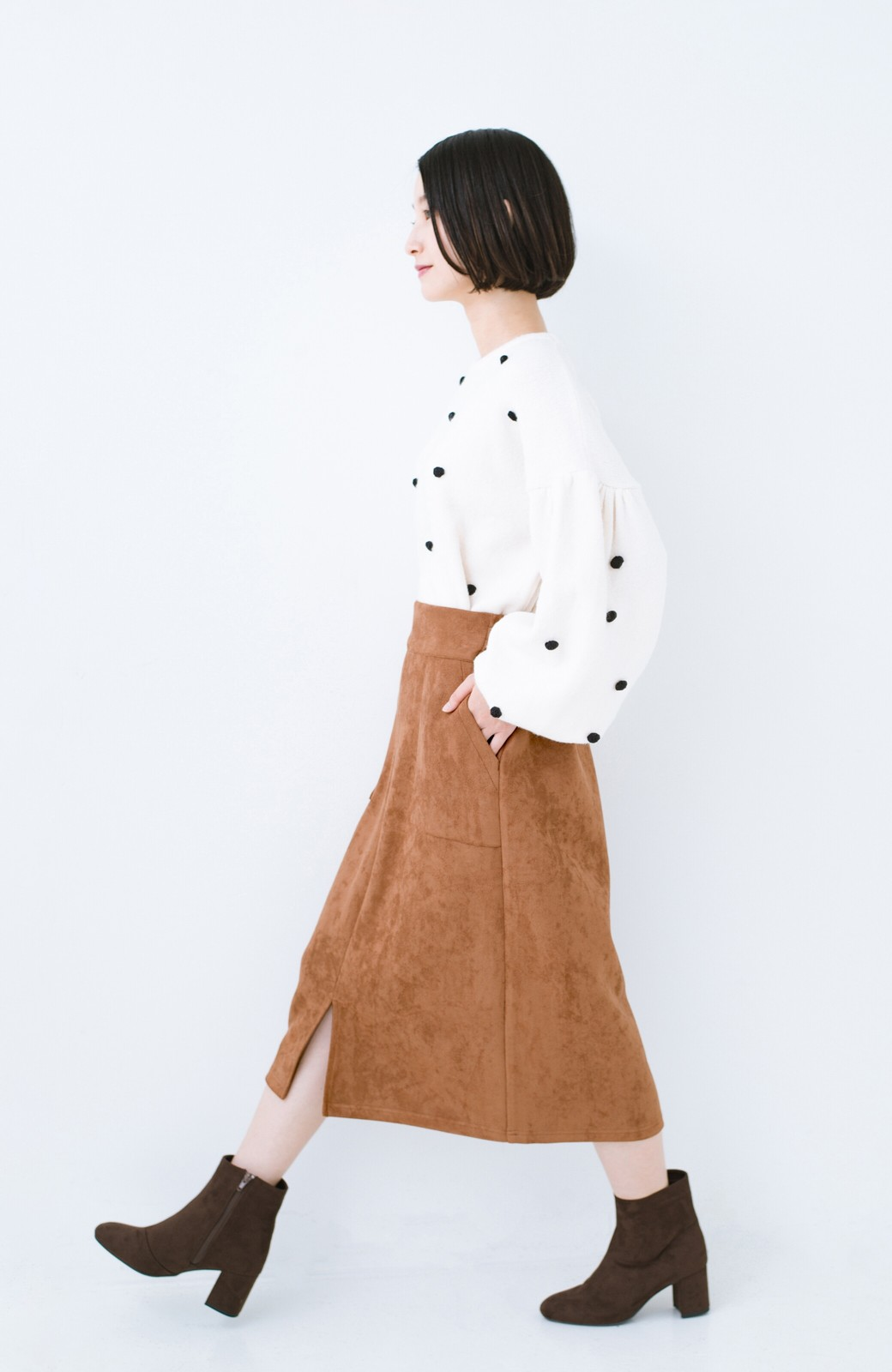 haco! 大人の女っぽ見えを実現させる フェイクスエードスリットスカート <ブラウン>の商品写真8