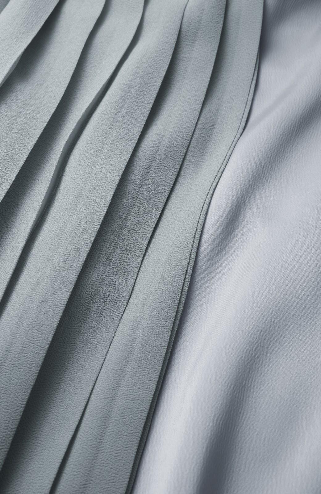 haco! パンツ派さんのデート着 プリーツスカート風にもなる華やかパンツセット <ライトブルーグレー>の商品写真3