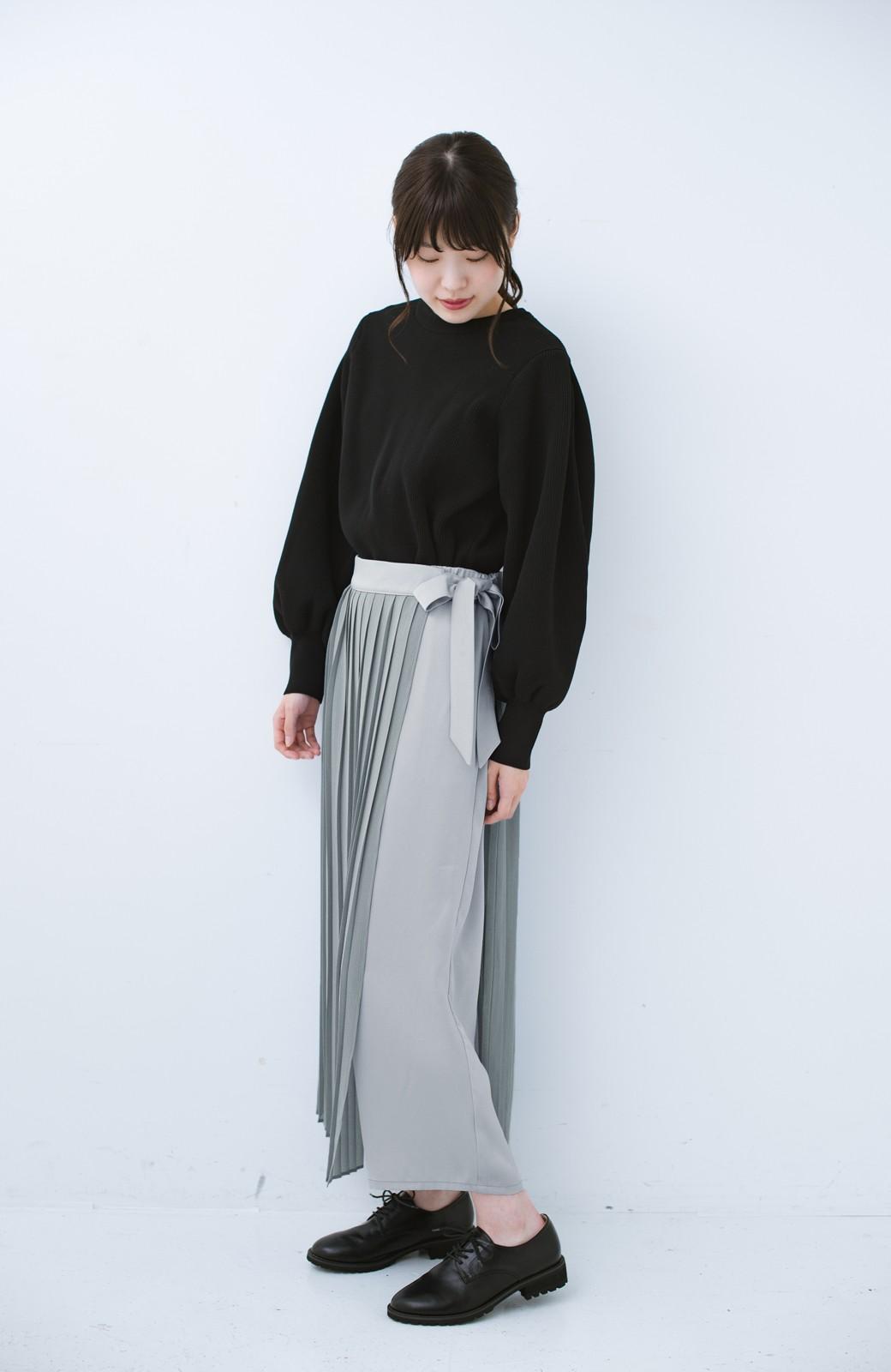 haco! パンツ派さんのデート着 プリーツスカート風にもなる華やかパンツセット <ライトブルーグレー>の商品写真2