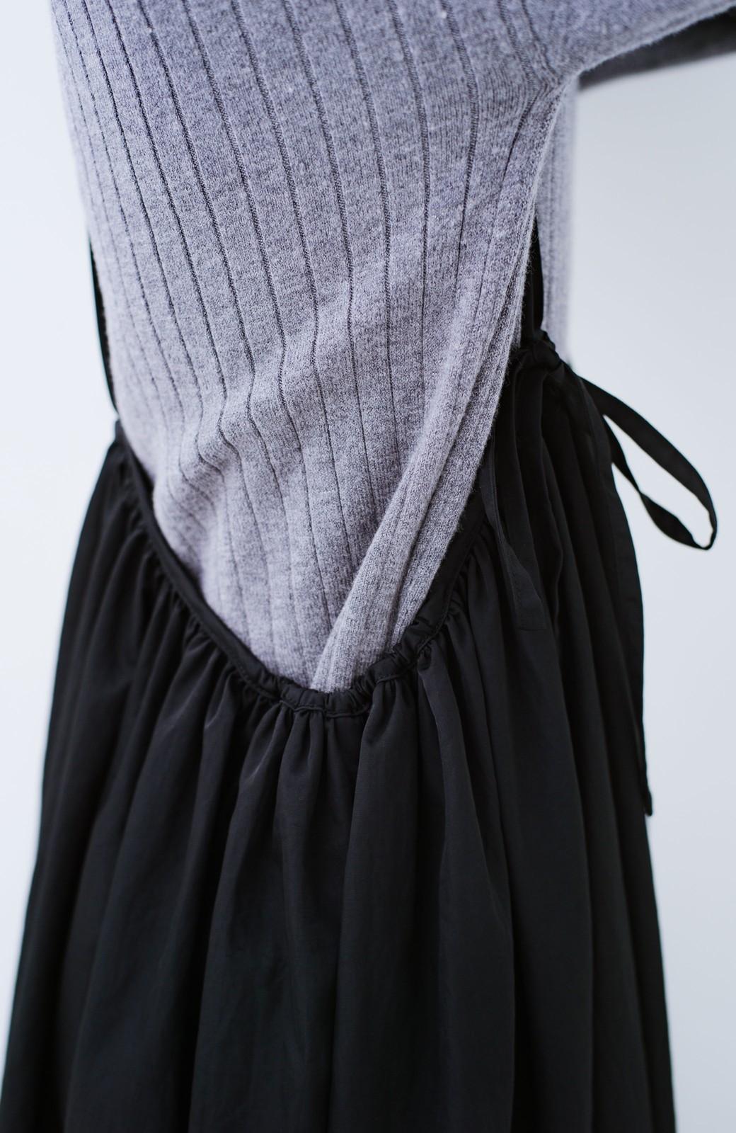 haco! 女の子バンザイ!プロジェクト【ブルー期】 ニットですら重ね着できる安心さ ゆったりギャザーキャミワンピ <ブラック>の商品写真4