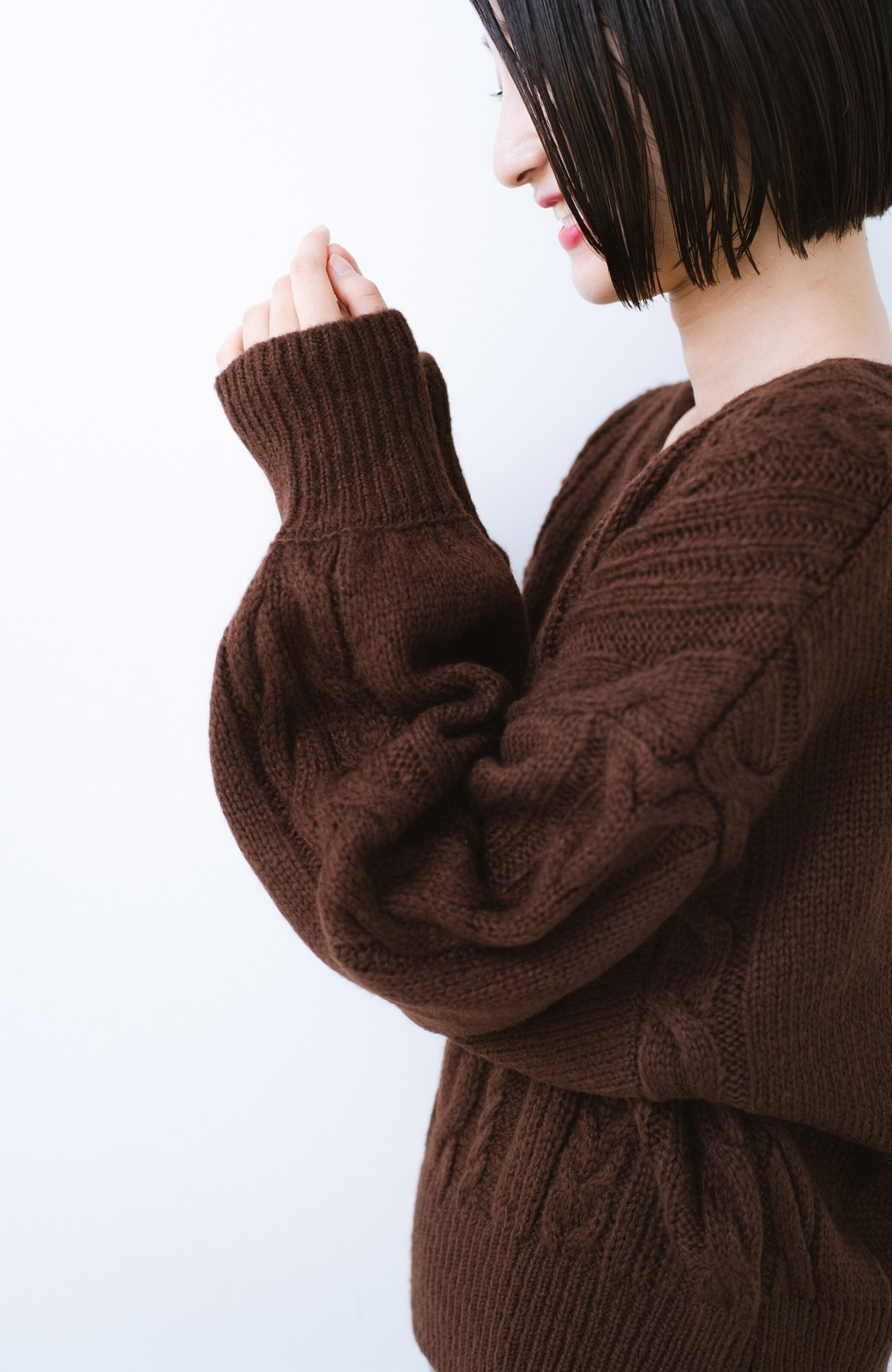 haco!  むくみを気にせず女っぽく仕上げてくれる軽量ケーブルニットトップス【まったり期~もやもや期】女の子バンザイ!プロジェクト <ブラウン>の商品写真3