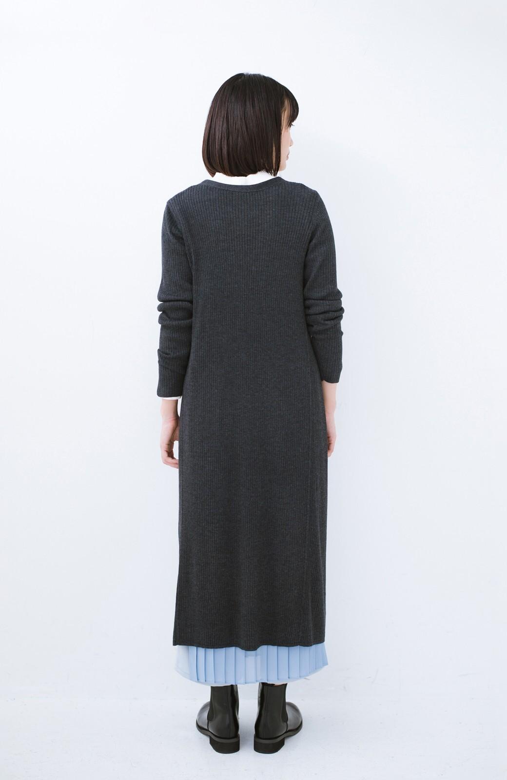 haco! 美シルエットがうれしい着方自由のオトナリブニットカーディガン by MAKORI <チャコールグレー>の商品写真12