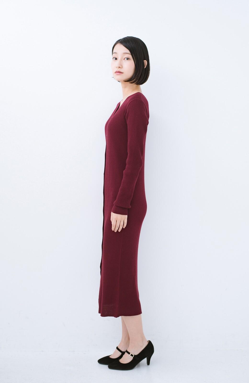 haco! 美シルエットがうれしい着方自由のオトナリブニットカーディガン by MAKORI <ボルドー>の商品写真9