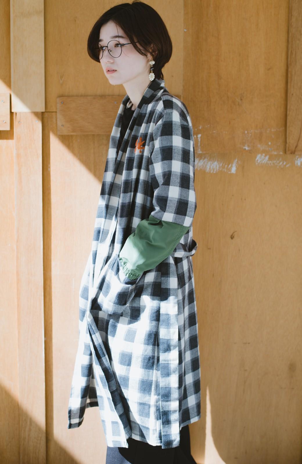 haco! haco! × RBTXCO 三つ目の虎福 刺繍入りチェックガウンコート  <ブラック系その他>の商品写真15