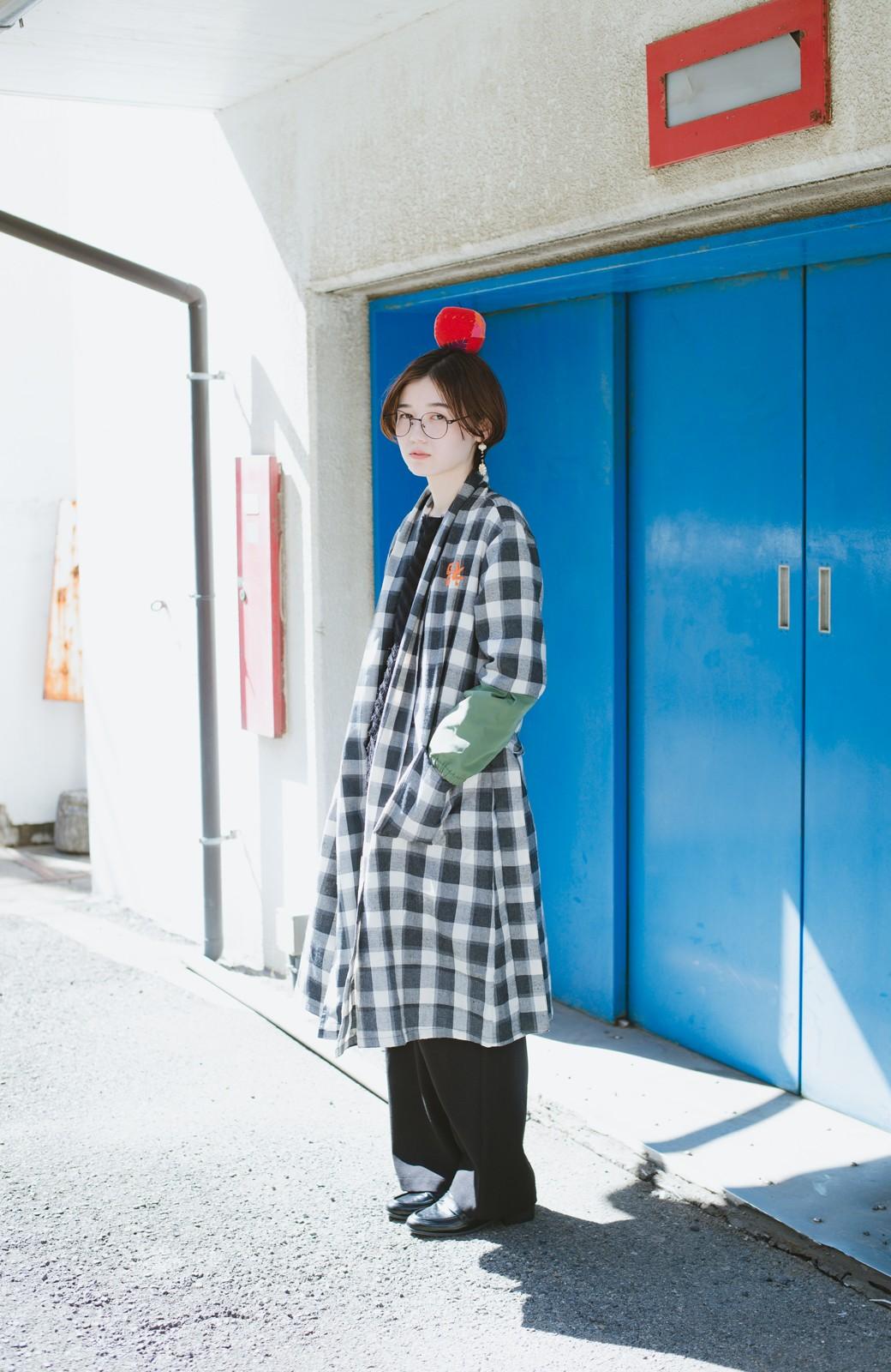 haco! haco! × RBTXCO 三つ目の虎福 刺繍入りチェックガウンコート  <ブラック系その他>の商品写真13