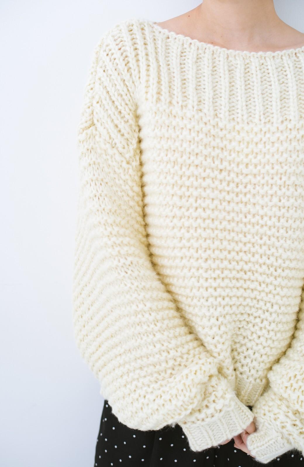 haco! 手編み風ガーター編みがかわいい ざっくり女っぽニット <アイボリー>の商品写真1