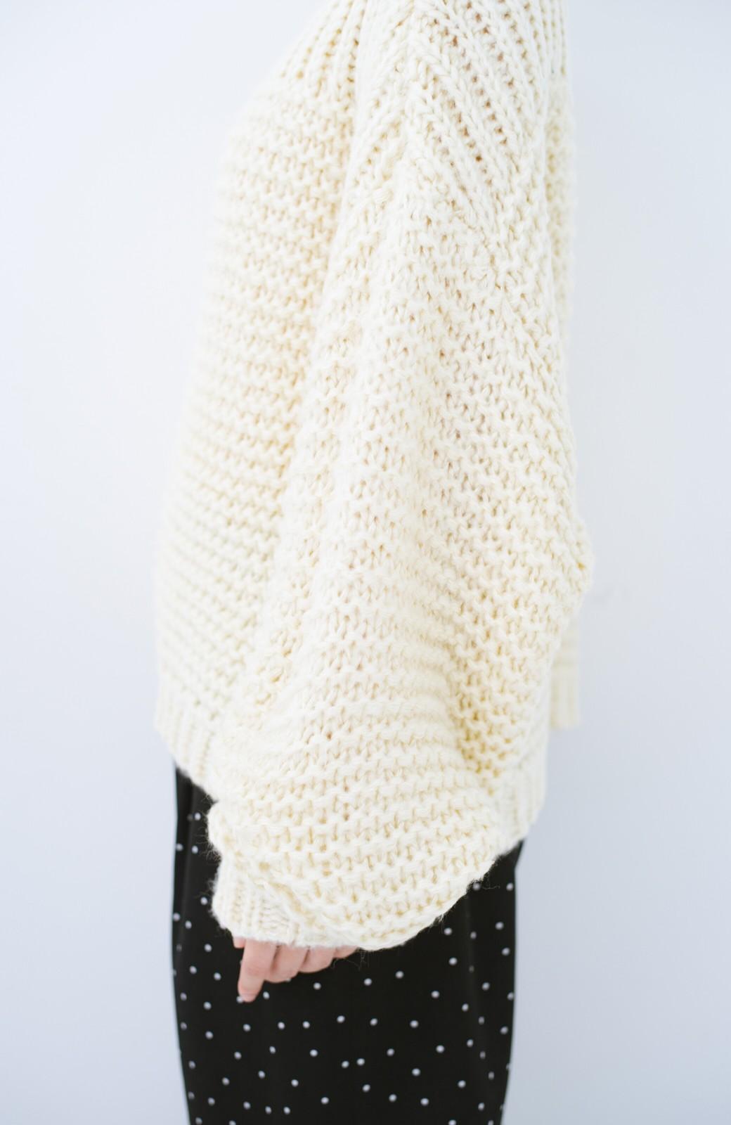haco! 手編み風ガーター編みがかわいい ざっくり女っぽニット <アイボリー>の商品写真6