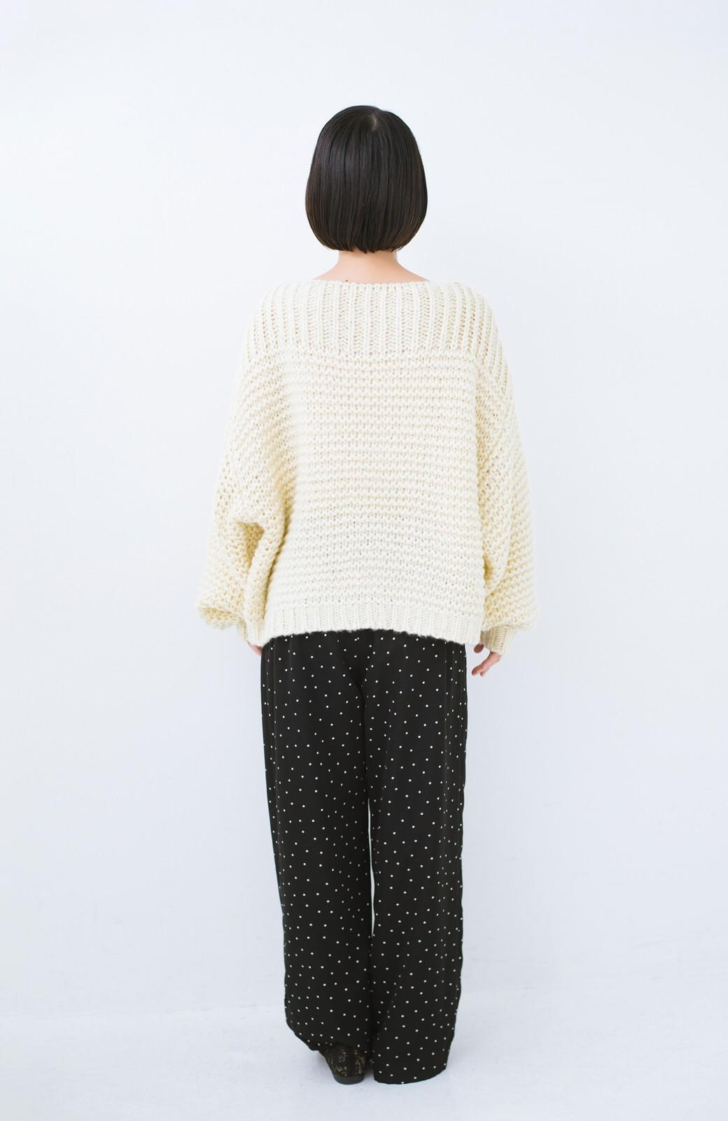 haco! 手編み風ガーター編みがかわいい ざっくり女っぽニット <アイボリー>の商品写真10