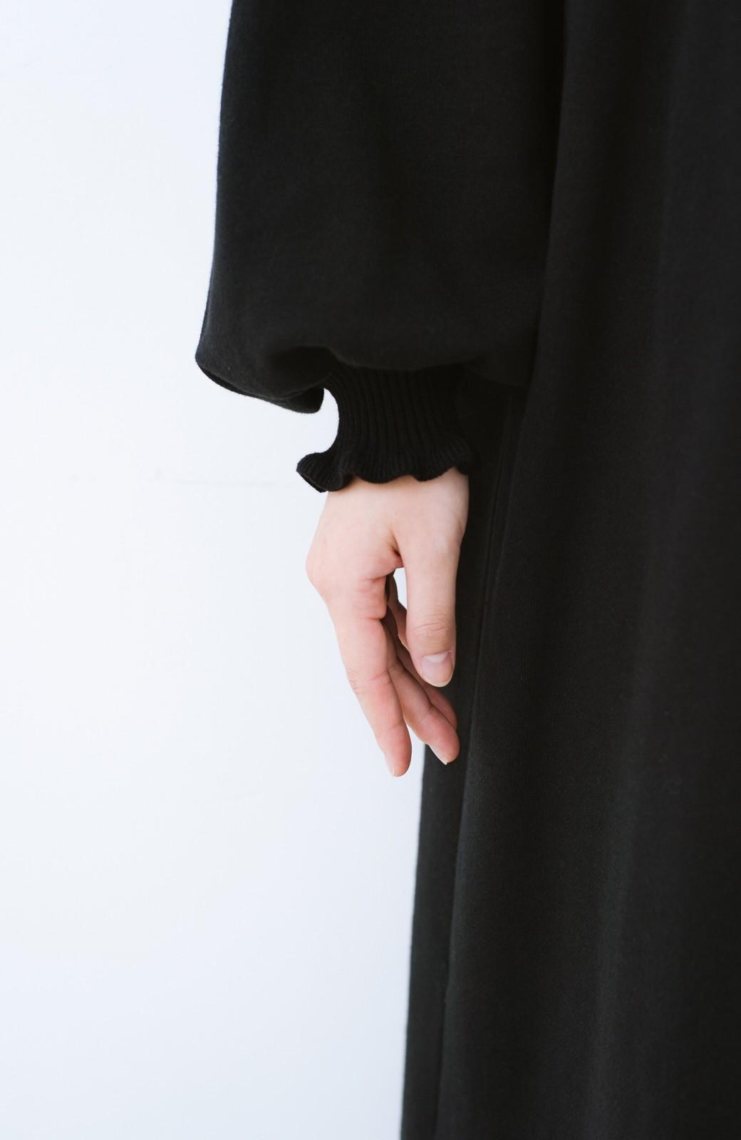 haco! 楽ちんだけじゃない!ちゃんと女の子っぽいフリルリブのスウェットワンピ <ブラック>の商品写真6