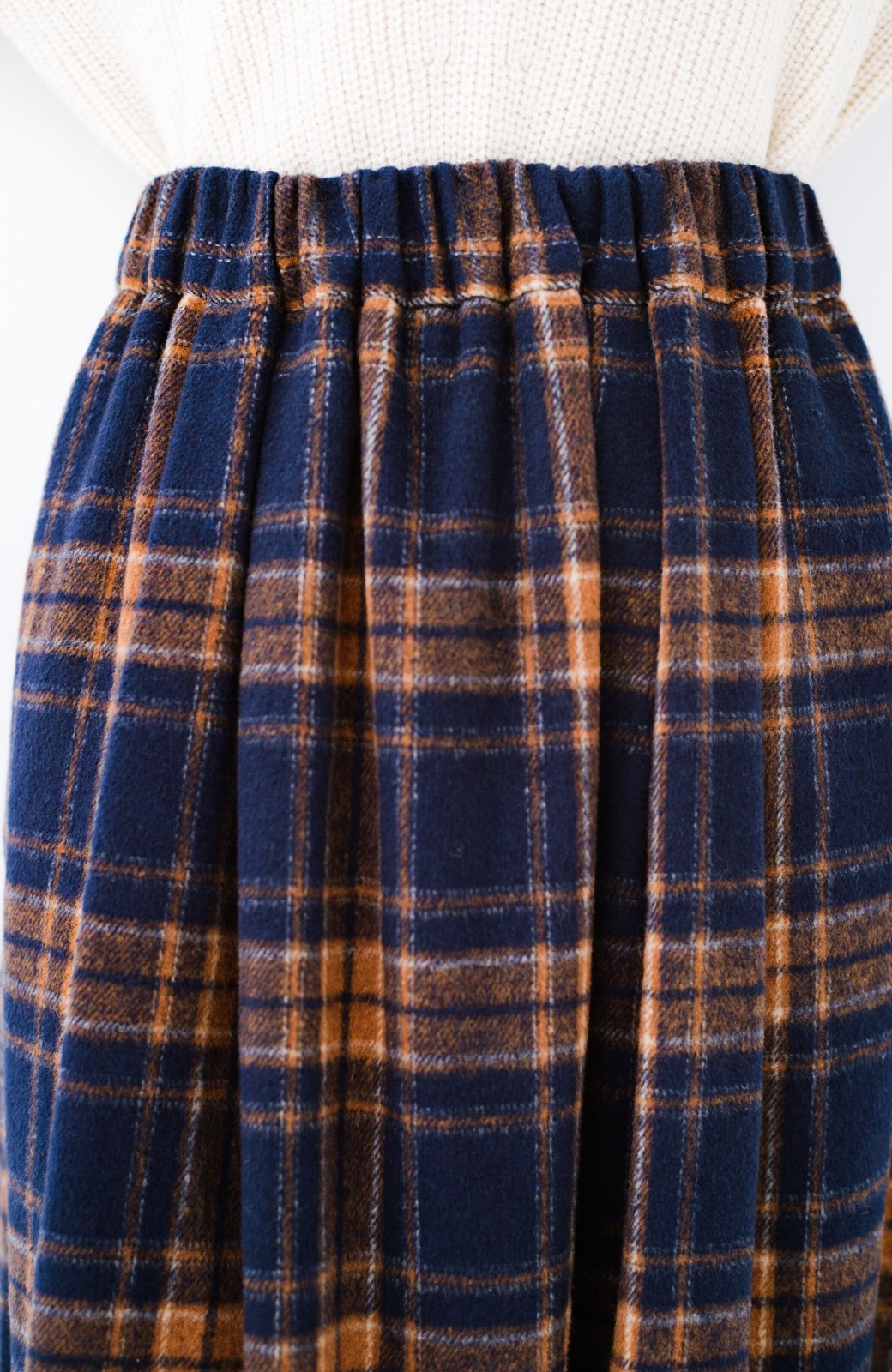 haco! ギリギリ女子のタイツなしでもいけるんちゃうか起毛チェックロングスカート <ネイビー>の商品写真6