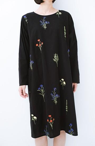 haco! LITTLE MARKET 野花柄の刺しゅう入りワンピース <ブラック>の商品写真
