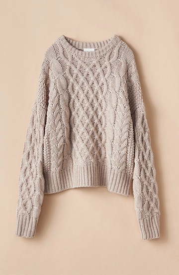 haco! 古着屋さんにありそうな ざっくり編みがかわいいウール混ケーブルニットby que made me <ベージュ>の商品写真